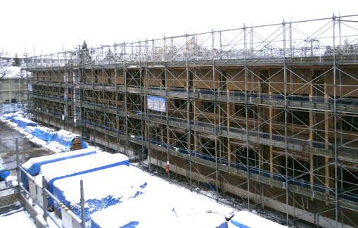 国際教養大学宿舎二期工事:外壁下地など_e0054299_10173784.jpg