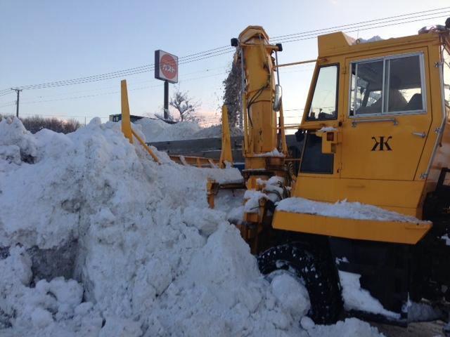 トミー前 緊急排雪 _b0127002_15451020.jpg