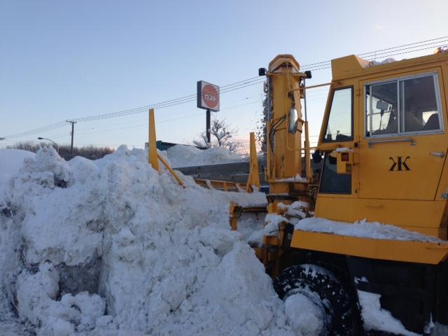 トミー前 緊急排雪 _b0127002_15451087.jpg