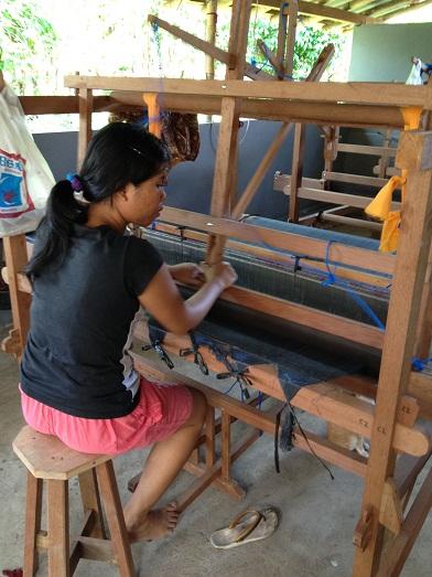 イカット織りの準備を始めております Persiapan untuk tenun ikat_a0120328_23453193.jpg