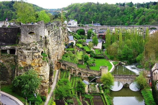ルクセンブルクの旅 (5) ボックの断崖(要塞)とその眺望_c0011649_23534139.jpg