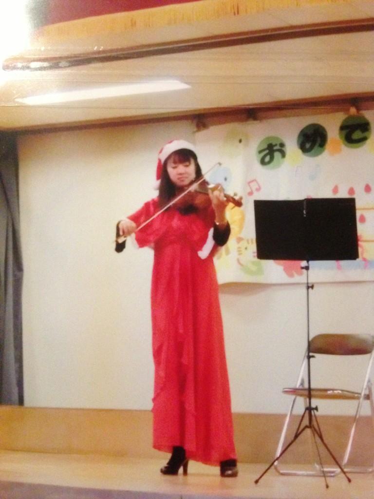 「こども園」にて、クリスマスコンサート♪_f0109257_7403241.jpg