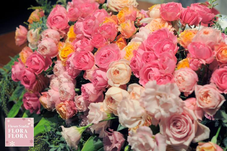 1.5次会 お二人のメインテーブル装花 to 恵比寿イーストギャラリー_a0115684_175230100.jpg