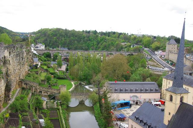 ルクセンブルクの旅 (5) ボックの断崖(要塞)とその眺望_c0011649_0175431.jpg