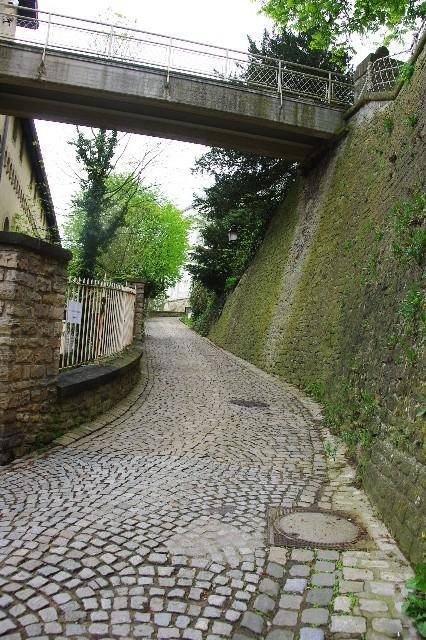 ルクセンブルクの旅 (5) ボックの断崖(要塞)とその眺望_c0011649_052131.jpg
