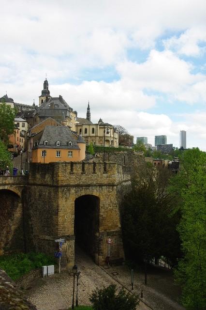 ルクセンブルクの旅 (5) ボックの断崖(要塞)とその眺望_c0011649_074569.jpg