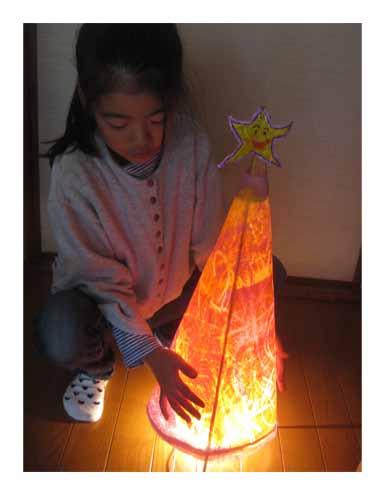 光るクリスマスツリー・小学生クラス_f0211514_2042491.jpg