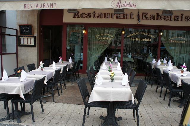 ルクセンブルクの旅 (7) ダルム広場のカフェ・フランセで休憩_c0011649_23502248.jpg