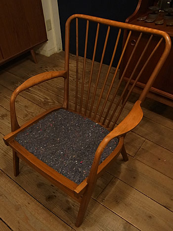 easy chair_c0139773_1813431.jpg
