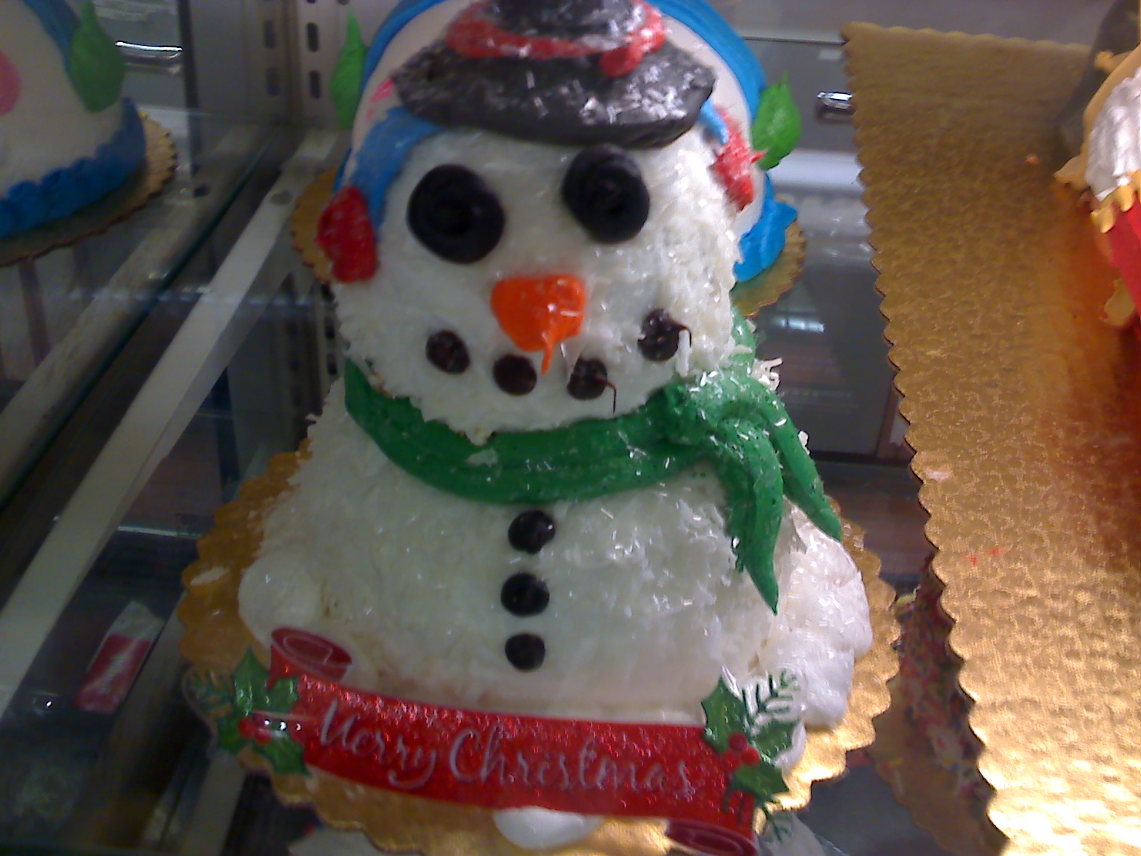 クリスマスの、毒々しい?ケーキ_d0240098_22354256.jpg