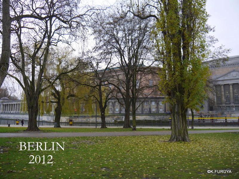 ベルリン その4 サクッと観光_a0092659_1565349.jpg