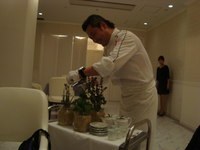 銀座「Restaurant MASA UEKI」へ行く。_f0232060_20271829.jpg