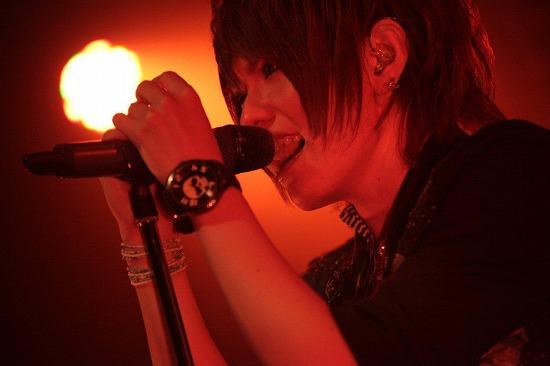 ユナイト、渋谷REXワンマンで2013年全国ツアーと初のMV集発売を発表_e0197970_21523528.jpg
