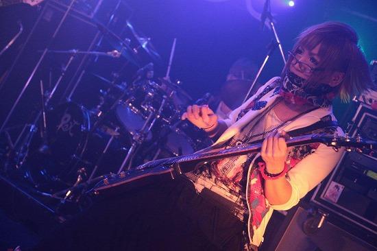 ユナイト、渋谷REXワンマンで2013年全国ツアーと初のMV集発売を発表_e0197970_2152514.jpg