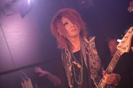 ユナイト、渋谷REXワンマンで2013年全国ツアーと初のMV集発売を発表_e0197970_21532147.jpg