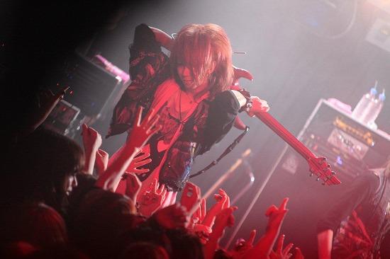 ユナイト、渋谷REXワンマンで2013年全国ツアーと初のMV集発売を発表_e0197970_2153757.jpg
