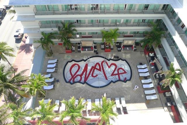 CURTIS KULIG ×HOTEL VECTOR SOUTH BEACH_f0111683_1357128.jpg