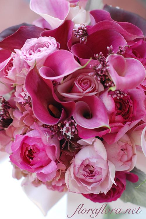 ワインレッドとピンクのカラーのクラッチブーケ オールドローズ添え to フォーシーズンズホテル椿山荘様_a0115684_2344054.jpg
