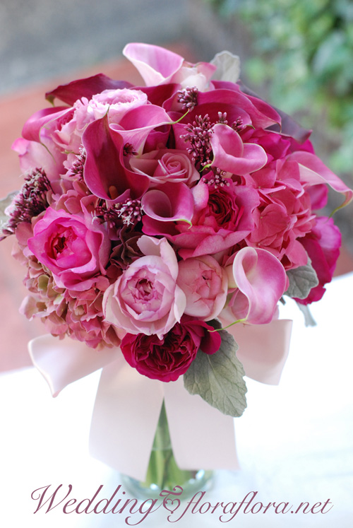ワインレッドとピンクのカラーのクラッチブーケ オールドローズ添え to フォーシーズンズホテル椿山荘様_a0115684_234566.jpg