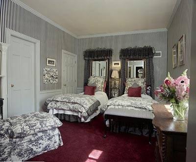 可愛い!ニューイングランドのベッドルーム_f0083294_19524437.jpg