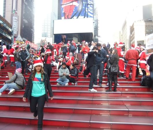 ニューヨークのサンタコンに地図初登場 SantaCon 2012_b0007805_10581771.jpg