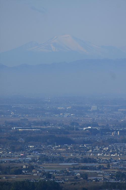 益子から八木岡と浅間山を望む - 2012年冬・真岡 -  _b0190710_23334246.jpg