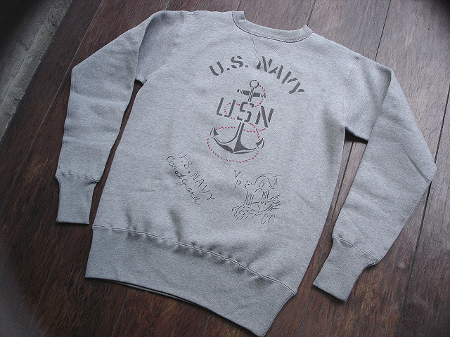 NEW : JELADO [CREW NECK SWEAT] USN PRINT & FOOTBALL PRINT !!_a0132147_21192228.jpg