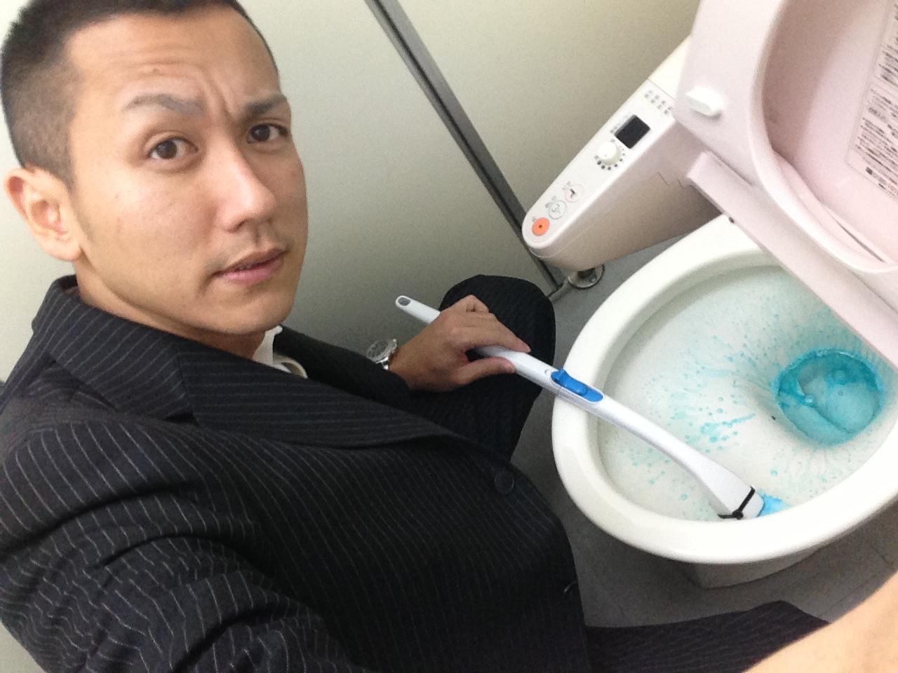 トミー ランクル 札幌 朝の掃除_b0127002_14263731.jpg