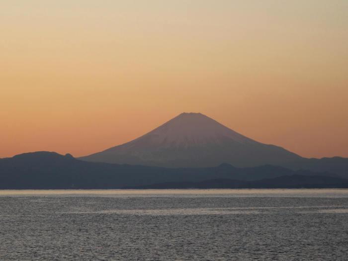 初冬の秋谷海岸_d0150720_9294723.jpg