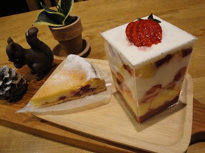 木曜日のケーキ♪_e0170128_19393885.jpg