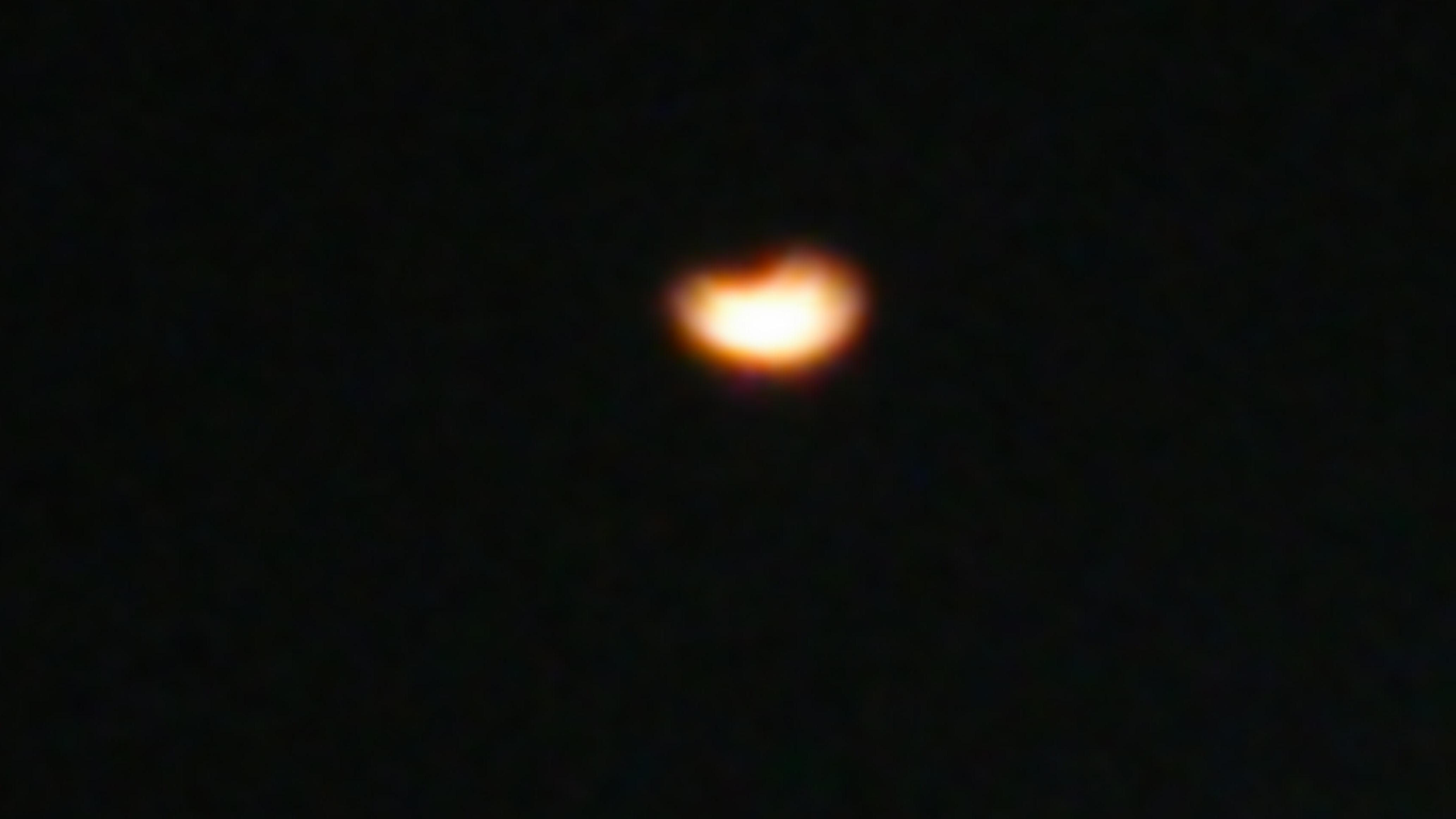 お月さま。。。_e0288544_1232378.jpg