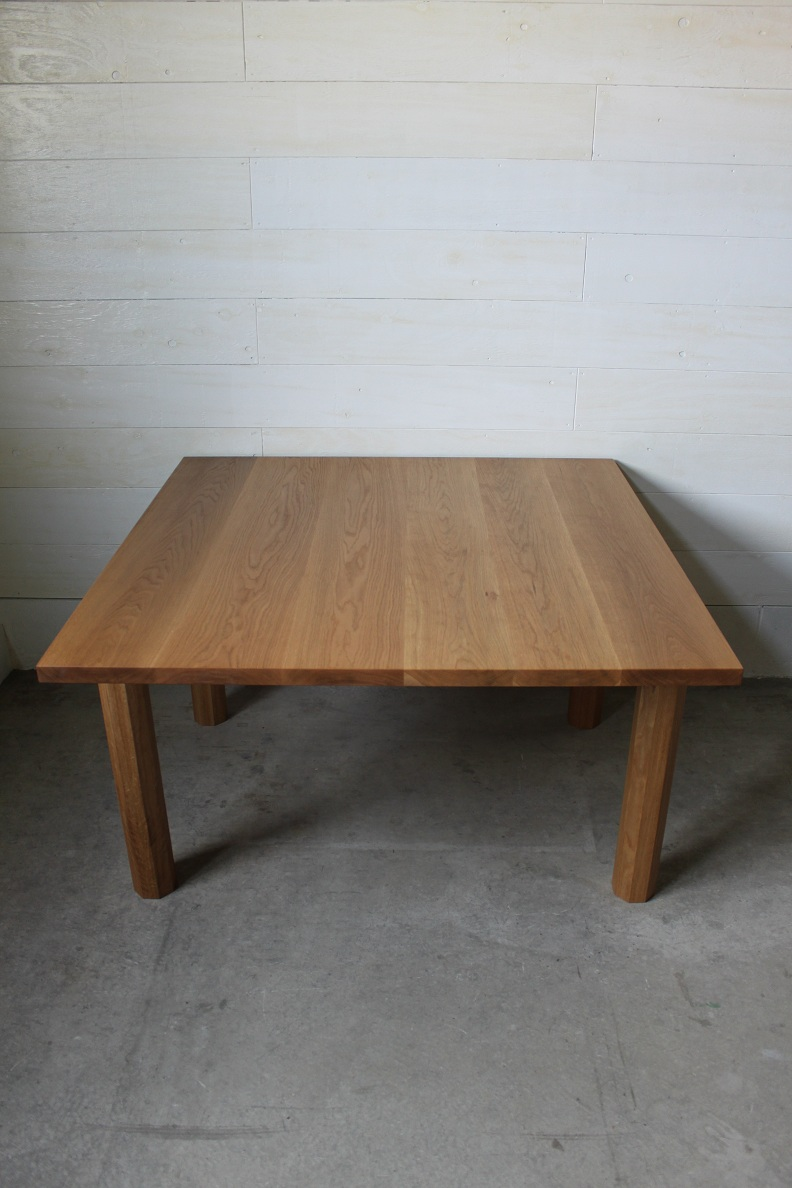 SQUARE DINING TABLE_c0146581_10484582.jpg