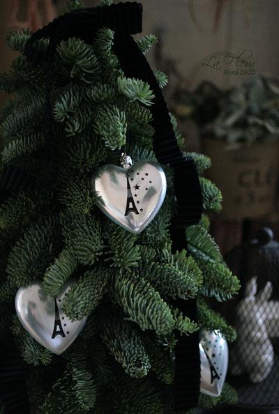 モミのクリスマスツリー*_f0127281_14432962.jpg
