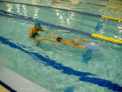平泳ぎキック練習(^^♪_b0286596_13511068.jpg