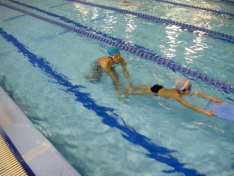 平泳ぎキック練習(^^♪_b0286596_13512971.jpg
