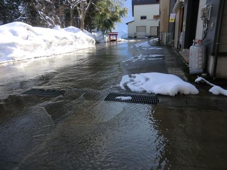 南魚沼市で川の水を利用!_a0128408_13275959.jpg
