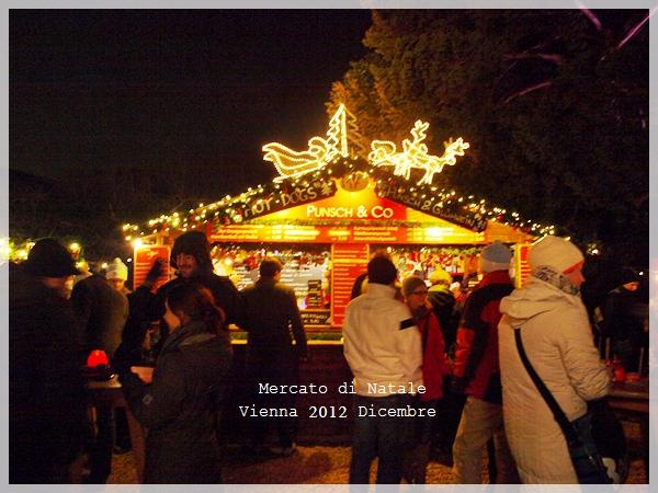 今年もウィーンのクリスマスマーケットへ♪_f0229410_0425149.jpg