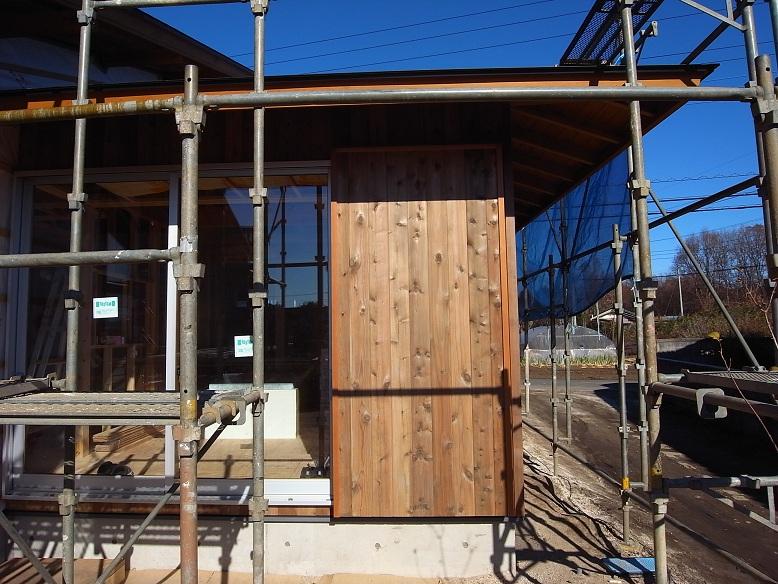 中台の家Ⅱ 外装工事-2 2012/12/19_a0039934_17422193.jpg