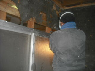 浴室解体工事2日目_f0031037_2155598.jpg