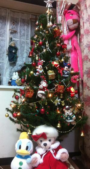 クリスマスツリーにダッフィーも飾った_c0036138_1503574.jpg
