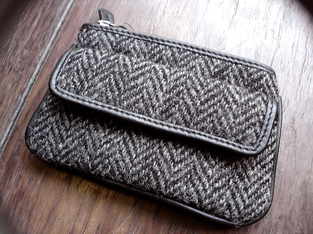 NEW : PETER JAMES [Harris Tweed] WALLET,PURSE & BAG !!_a0132147_21393764.jpg