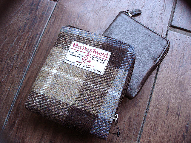 NEW : PETER JAMES [Harris Tweed] WALLET,PURSE & BAG !!_a0132147_21411221.jpg