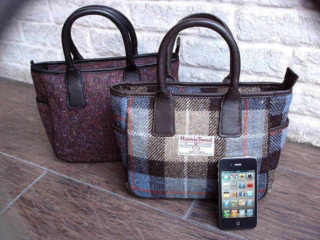 NEW : PETER JAMES [Harris Tweed] WALLET,PURSE & BAG !!_a0132147_21414317.jpg
