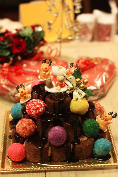 オーナメントボールの クリスマスケーキ_f0149855_6405983.jpg