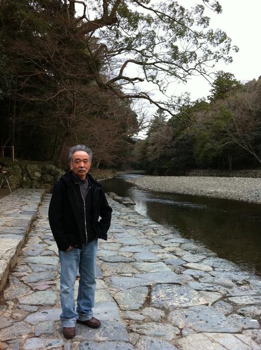 五十鈴川の清流で_b0096957_174842.jpg