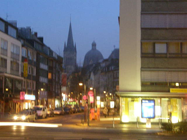 アーヘン大聖堂というところ_f0189467_10264574.jpg