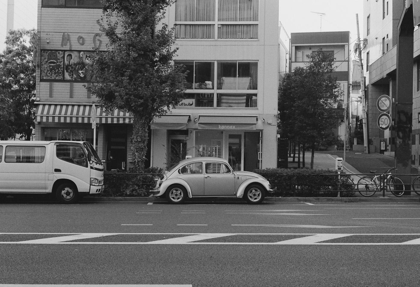 恵比寿の車、その4。_c0120903_1575681.jpg