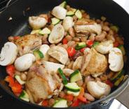 豆とチキンのトマト煮_a0056451_14101659.jpg