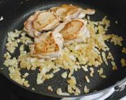 豆とチキンのトマト煮_a0056451_14101983.jpg