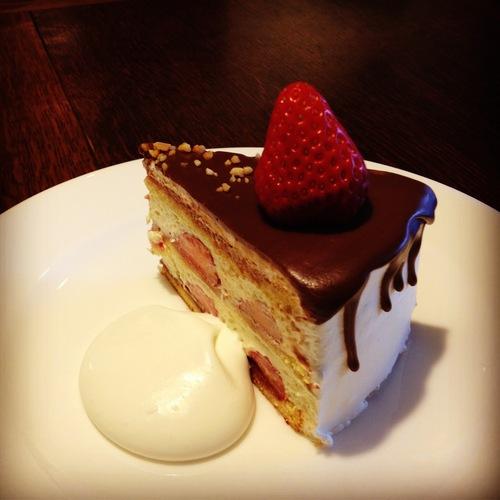 irodoriさんのケーキの日。_e0060555_0565662.jpg